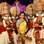 Sonakshi Sinha with Kathakali dancers on the sets of Dabangg 2